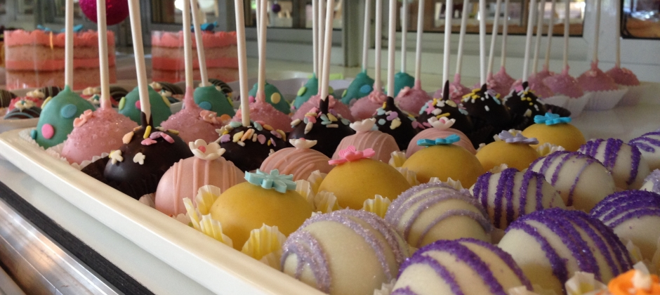 Cake Pops & Cake Truffles