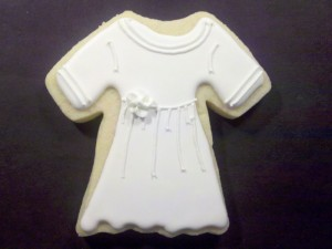 Baptism gown cookie design by Sweet Themes Bakery near Seattle in Kent, WA
