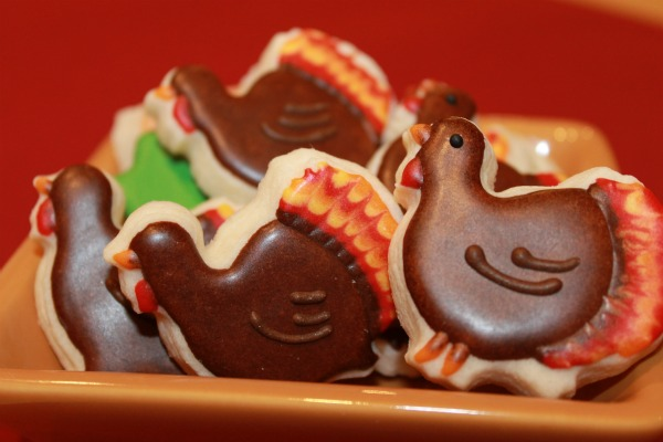 mini turkey shaped cookies from Sweet Themes Bakery in Kent, WA near Seattle