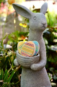 Even the Easter Bunny loves Sweet Themes custom Easter Egg shaped cookies.