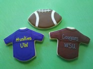 Show your team spirit with custom sugar cookies to cheer on your team - UW Huskies or WSA Cougars.